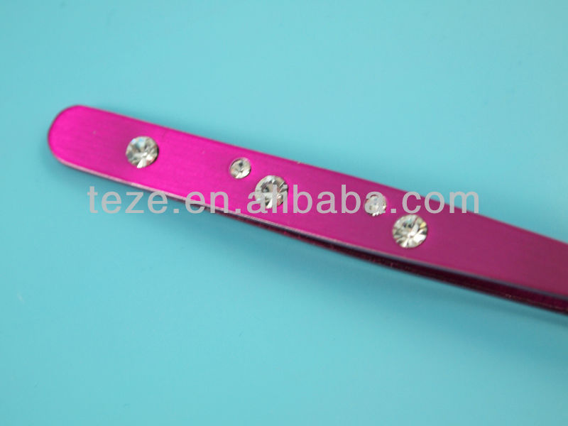 Gorgeous design in pink color with crystal stainless tweezer