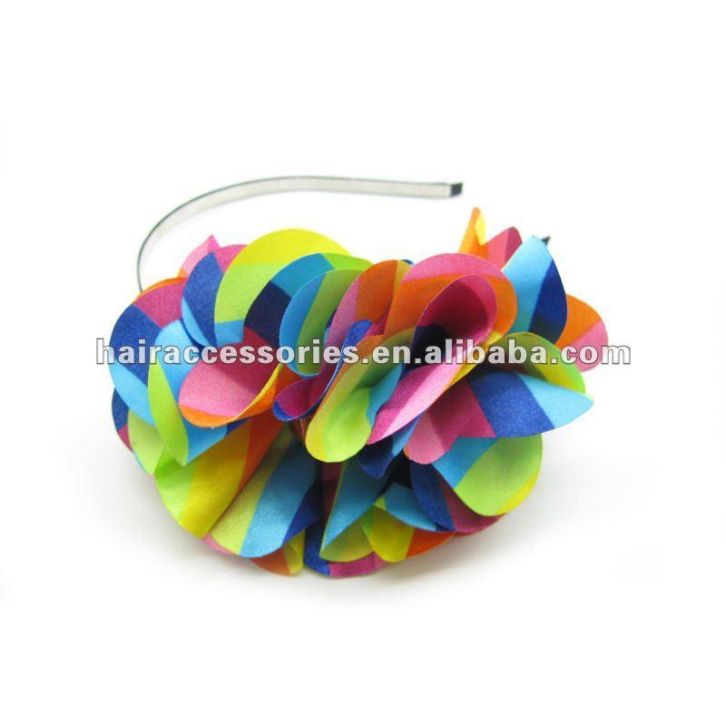 colores decorativos de flores de tela con tacos