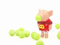 Фигурка героя мультфильма 5pcs/lot Soft Foam Flying Fun Pig Popper Ball Shooter -Red