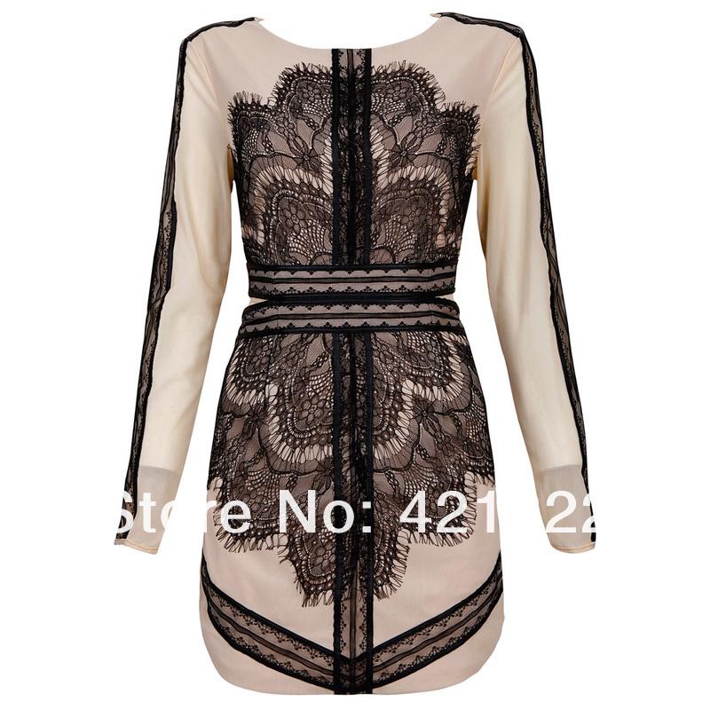 Платье из черно-бежевого кружева