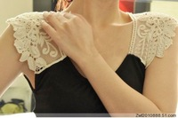 Free shipping Hot Sale! Fashion lady's beaded tank top woth lace,both out wear and inside wear!!!