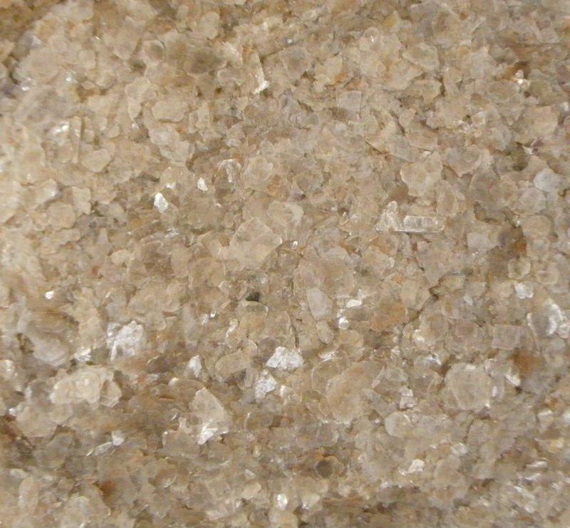 muscovite mica flakes