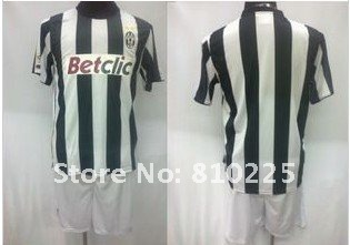 12 13 seasons Juventus home  soccer jerseys youth football uniform shirts and shorts embroidery LOGO free ship