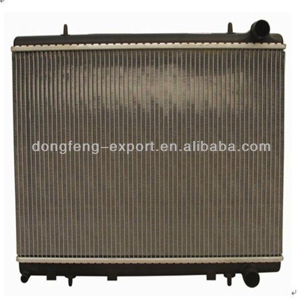 Alta qualidade radiador do carro para Peugeot