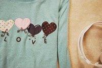 R19 2011 новых прибытия женщин леди сердца форма шары печати длинным рукавом Футболка Размер: s, m