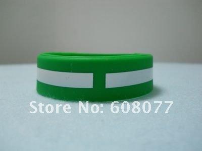 green red bracelet 6.jpg