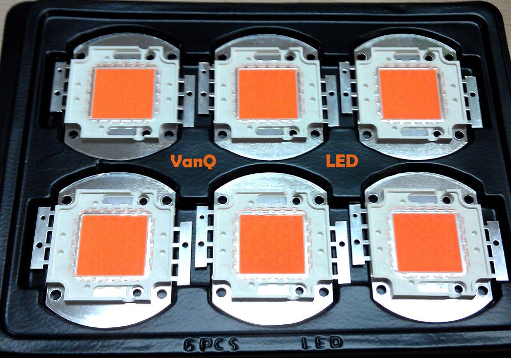 Voll-Spektrum LED-CHIP 380nm - 840nm