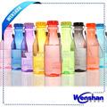 de plástico botella de agua para los niños