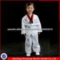 WTF uniforme de taekwondo
