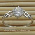 925 de plata esterlina rodio plateado anillo de circón cz rn-007