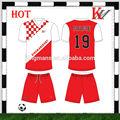 caliente las ventas de calidad superior y mejor diseño de uniformes de fútbol barato para los equip