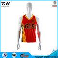 camiseta de baloncesto con un diseño personalizado