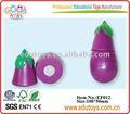 Fruits et légumes de jouets de plastique d'enfants coupant l'ensemble