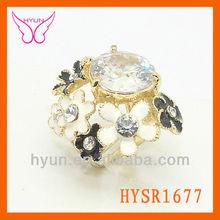 2014 de piedra semi preciosa flor anillo, venta al por mayor de alibaba, piedra de color blanco con anillo de flores,