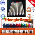 lápiz de color del triángulo