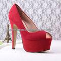 zapatos de noche rojo de la plataforma