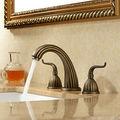 três peças generalizada antigo bronze torneira lavatório