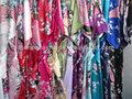 Kmkql estilo clásico chino satinado vestido de kimono túnicas, pavo real impresa albornoz kimono