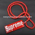 design personalizado 2014 venda quente cor vermelha hip hop super me acrílico swag boa madeira colar