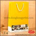 simple ropa de diseño de envases bolsa de papel