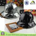 Arrondissement repliable en plastique chapeau de pluie/silver black chapeau de pluie