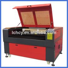 equipo del grabado de la botella de cristal del laser / china láser de grabado y corte de la máquina