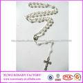 Alibaba en China blanca de la manera cruz católica collar de perlas XWX-2263
