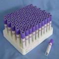 Uso solo tubo de sangre empate vacío (EDTA)