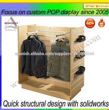 2014 personalizado Pop madera free standing expositor para tienda de ropa