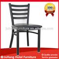 negro escalera de metal silla