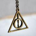Harry Potter Deathly inspirado colgante símbolo Reliquias de la moda
