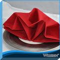 restaurante de decoración de color rojo servilleta