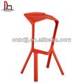 china modernos colores sólidos de estilo de plástico taburete de la barra roja piezas de zapatos de tacón alto silla