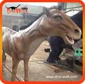 Animatronic animal marrón color caballo para plaza