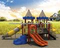 crianças ao ar livre item de parque infantil de plástico