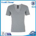 La manera barata de algodón liso cuello en V profundo camisetas para los hombres