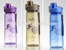 venta al por mayor de alta calidad de plástico transparente botella de camping taza con tapa 750ml