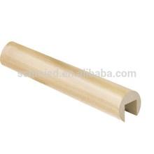 Pipe en bois dans les balustrades& mains courantes