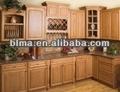 de madera del gabinete de cocina puerta