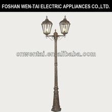 postes eléctricos y deiluminación para la decoración de la calle