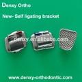 Los materiales de ortodoncia oem auto- ligar el soporte de metal