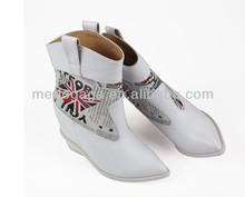 zapatos de mujer color blanco de moda de invierno 2013 botas para China