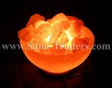 himalaya natural rock sal lámpara recipiente diseño forma con trozos de sal