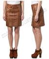 mujeres de moda las faldas de cuero