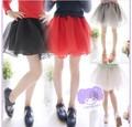 venta al por mayor nuevo 2014 de verano de moda las niñas eugen sólido hilo rojo y negro de falda