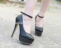 mujeres desnudas playa de imagen fotos las niñas zapatos de tacón alto pz2933
