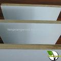 1220 * 2440 * 18 mm melamina blanca cara barecore malacca 18mm bordo