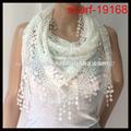 las mujeres elegantes colores blanco de encaje triángulo bufanda patrón