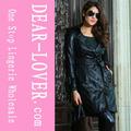 negro de la moda para mujer de cuero larga gabardina
