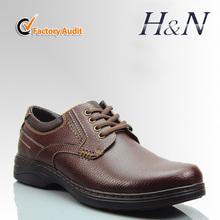Nuevo estilo de moda para hombre de cuero genuino los zapatos casuales